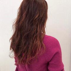 フェミニン レッド レッドカラー ハイライト ヘアスタイルや髪型の写真・画像