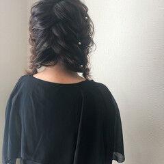 ガーリー ミディアム 編み込み ツイン ヘアスタイルや髪型の写真・画像