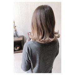 セミロング 透明感カラー ダブルカラー デート ヘアスタイルや髪型の写真・画像