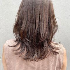 縮毛矯正ストカール ミディアムレイヤー セミロング 大人ミディアム ヘアスタイルや髪型の写真・画像