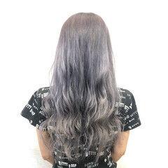 グラデーションカラー シルバー ロング ホワイトシルバー ヘアスタイルや髪型の写真・画像