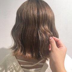 ブラウンベージュ アッシュベージュ ナチュラル ベージュ ヘアスタイルや髪型の写真・画像