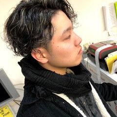 スパイラルパーマ 小顔ショート メンズカット メンズパーマ ヘアスタイルや髪型の写真・画像