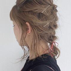 セルフヘアアレンジ 簡単ヘアアレンジ 編み込み ナチュラル ヘアスタイルや髪型の写真・画像