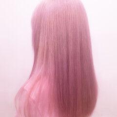 ハイトーン ピンク 派手髪 ピンクカラー ヘアスタイルや髪型の写真・画像