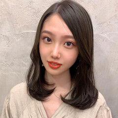 透明感 暗髪女子 内巻き エレガント ヘアスタイルや髪型の写真・画像