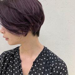 コーラルピンク 透明感カラー ストリート ピンクバイオレット ヘアスタイルや髪型の写真・画像