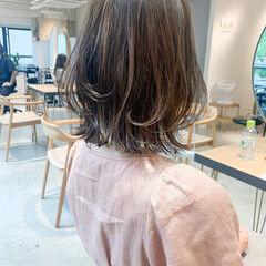 ミディアムレイヤー 前髪あり こなれ感 ミディアム ヘアスタイルや髪型の写真・画像