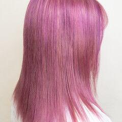 ガーリー ハイライト デザインカラー ハイトーンカラー ヘアスタイルや髪型の写真・画像