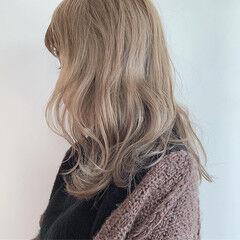 シアグレー ロング ミルクティー ストリート ヘアスタイルや髪型の写真・画像