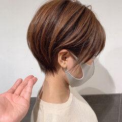 丸みショート フェミニン ショートボブ マッシュショート ヘアスタイルや髪型の写真・画像