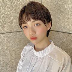 ナチュラル可愛い コンパクトショート オン眉 耳掛けショート ヘアスタイルや髪型の写真・画像