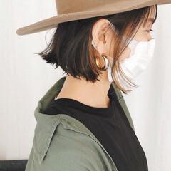 ミニボブ 切りっぱなしボブ ベージュ ストリート ヘアスタイルや髪型の写真・画像