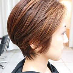 マッシュショート ナチュラル デザインカラー 美シルエット ヘアスタイルや髪型の写真・画像