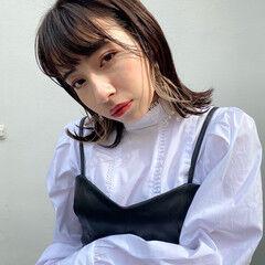 ベージュ ブリーチカラー 秋冬スタイル ナチュラル ヘアスタイルや髪型の写真・画像