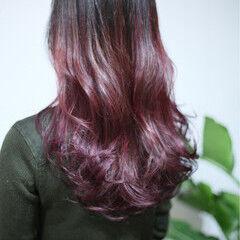 ハイライト ビビッドカラー ロング カラートリートメント ヘアスタイルや髪型の写真・画像