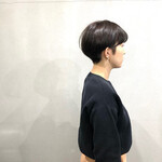 刈り上げ 小顔ショート ナチュラル ショートヘア