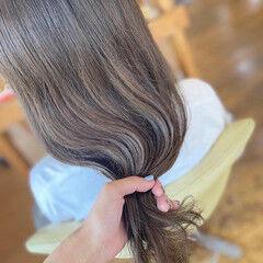ロング ミントアッシュ ナチュラル ミント ヘアスタイルや髪型の写真・画像