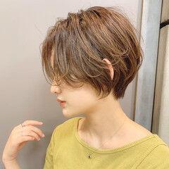 ショート ショートヘア 流し前髪 ハンサムショート ヘアスタイルや髪型の写真・画像