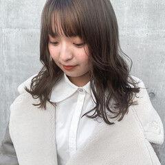 グレージュ 透明感カラー ナチュラル 韓国ヘア ヘアスタイルや髪型の写真・画像