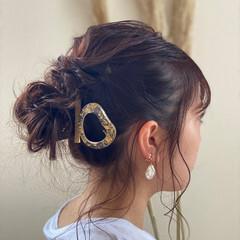 アンニュイほつれヘア ガーリー ミディアムレイヤー インナーカラー ヘアスタイルや髪型の写真・画像
