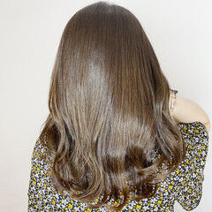 ミディアムレイヤー 大人女子 ナチュラル ミディアム ヘアスタイルや髪型の写真・画像