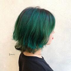 派手髪 ストリート ボブ 緑 ヘアスタイルや髪型の写真・画像