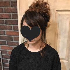 ヘアアレンジ ガーリー 結婚式 カチューシャ ヘアスタイルや髪型の写真・画像