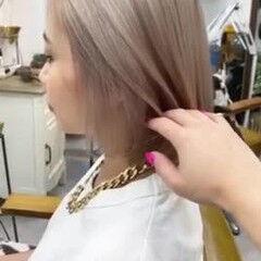 切りっぱなしボブ ハイトーンカラー ブリーチカラー ボブ ヘアスタイルや髪型の写真・画像