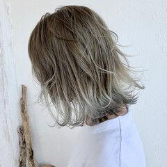 グラデーションカラー ハイトーンカラー バレイヤージュ ストリート ヘアスタイルや髪型の写真・画像