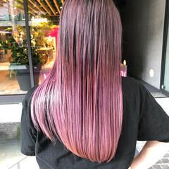 ピンクアッシュ ピンクパープル ストリート ロング ヘアスタイルや髪型の写真・画像