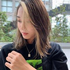 ミディアム PEEK-A-BOO うぶ毛ハイライト 阿藤俊也 ヘアスタイルや髪型の写真・画像