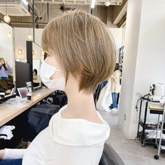 ハイトーン 横顔美人 ショートボブ ショート ヘアスタイルや髪型の写真・画像