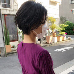 フェミニン ワンカールスタイリング ワンカールパーマ ショート ヘアスタイルや髪型の写真・画像