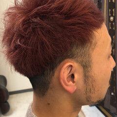 メンズカラー チェリーレッド メンズ ピンク ヘアスタイルや髪型の写真・画像