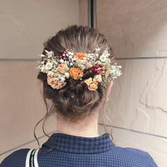 ミルクティーベージュ 成人式ヘア ドライフラワー ヘアアレンジ ヘアスタイルや髪型の写真・画像