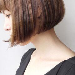 ショート 上品 オフィス エレガント ヘアスタイルや髪型の写真・画像