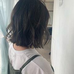 ゆるナチュラル エレガント カーキアッシュ 冬カラー ヘアスタイルや髪型の写真・画像