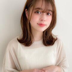 デジタルパーマ ミディアムレイヤー 鎖骨ミディアム フェミニン ヘアスタイルや髪型の写真・画像