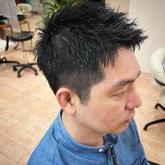 ショート ナチュラル アップバング ツーブロック ヘアスタイルや髪型の写真・画像