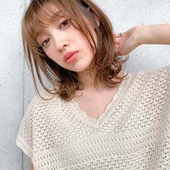 レイヤーカット 鎖骨ミディアム デジタルパーマ 小顔ヘア ヘアスタイルや髪型の写真・画像