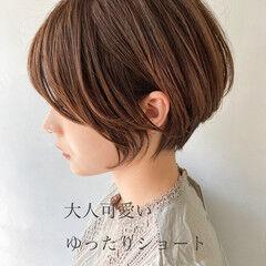 デジタルパーマ 大人かわいい ショート ナチュラル ヘアスタイルや髪型の写真・画像