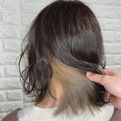 フェミニン インナーカラー ホワイティベージュ ボブ ヘアスタイルや髪型の写真・画像