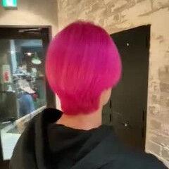 ベリーピンク 韓国ヘア ブリーチカラー モード ヘアスタイルや髪型の写真・画像