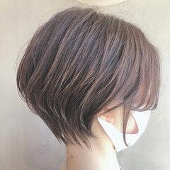 ショート 小顔ヘア ショートヘア ナチュラル ヘアスタイルや髪型の写真・画像