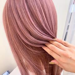 ラベンダーピンク 透明感カラー ピンクラベンダー ナチュラル ヘアスタイルや髪型の写真・画像
