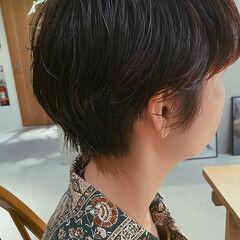 ショートヘア ナチュラル ショート パーマ ヘアスタイルや髪型の写真・画像
