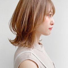 アンニュイほつれヘア 外ハネ ナチュラル ミディアム ヘアスタイルや髪型の写真・画像