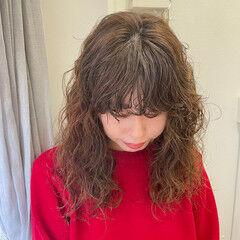 エフォートレスウェーブ イルミナカラー 無造作パーマ パーマ ヘアスタイルや髪型の写真・画像