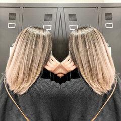 レイヤーカット ベージュ 外国人風カラー ストリート ヘアスタイルや髪型の写真・画像